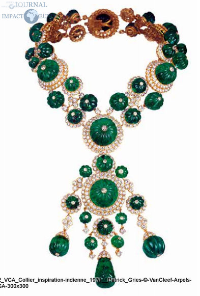 VCA_Collier_inspiration indienne_1971__Patrick_Gries © VanCleef & Arpels SA