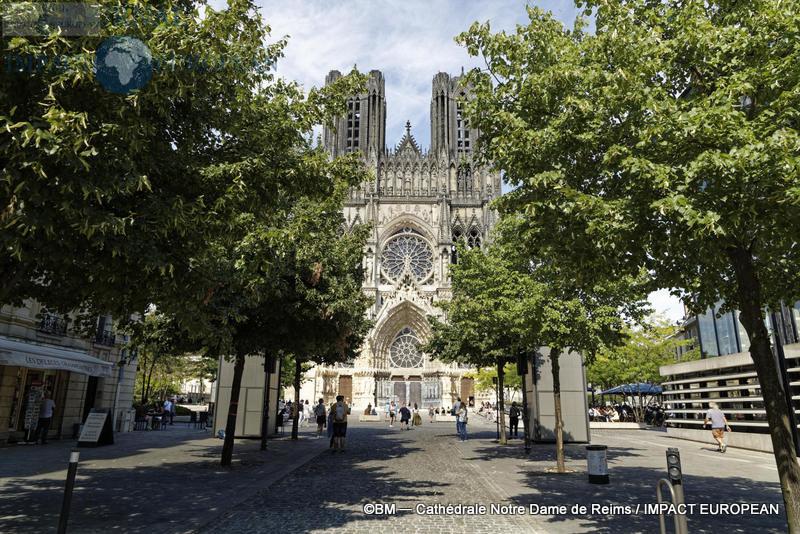 Cathédrale Notre-Dame de Reims 01