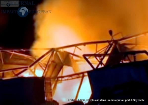 L'explosion dans un entrepôt au port à Beyrouth 1