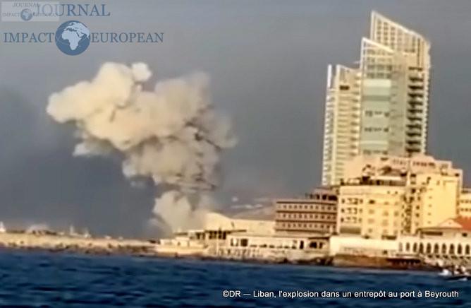 L'explosion dans un entrepôt au port à Beyrouth 4