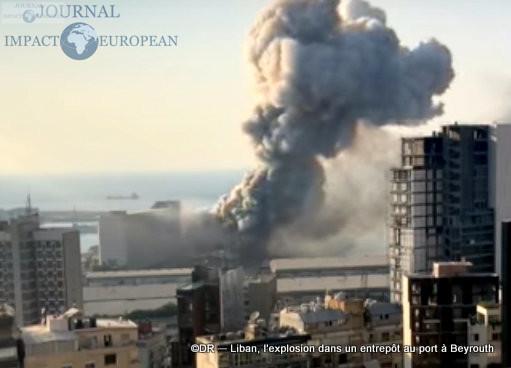 L'explosion dans un entrepôt au port à Beyrouth 7