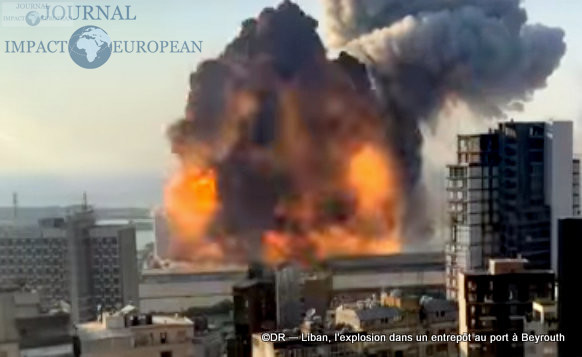 L'explosion dans un entrepôt au port à Beyrouth 8