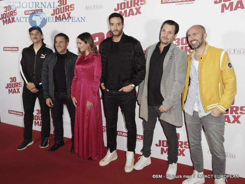 Just Riadh, José Garcia, Vanessa Guide, Tarek Boudali, guest et Julien Arrut