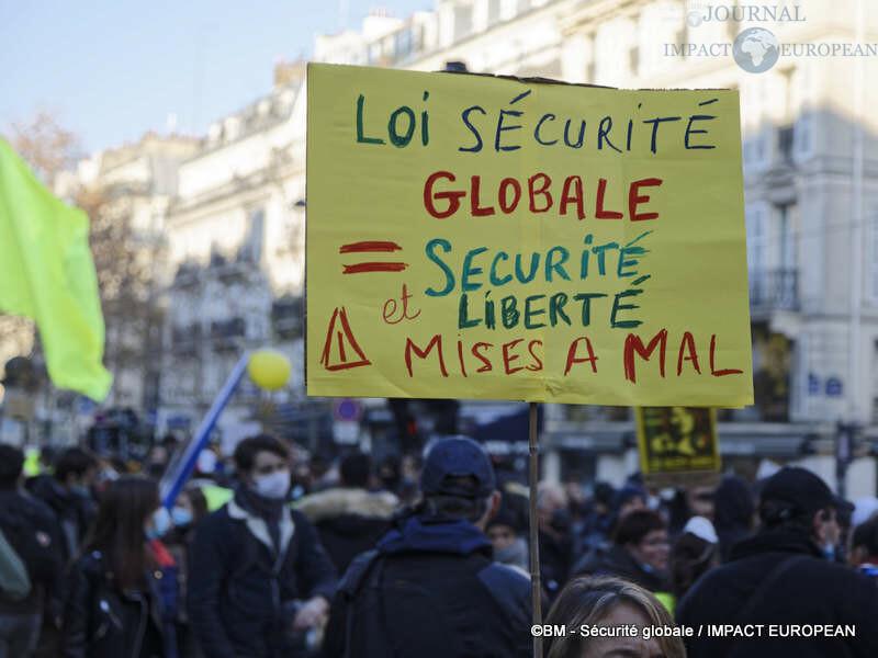 manif securite globale 04