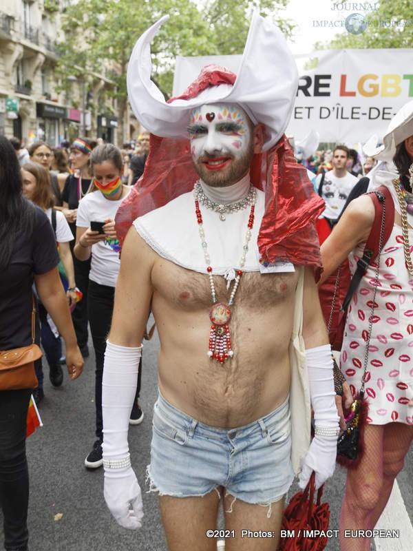 gay pride 2021 04