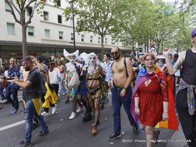 gay pride 2021 18