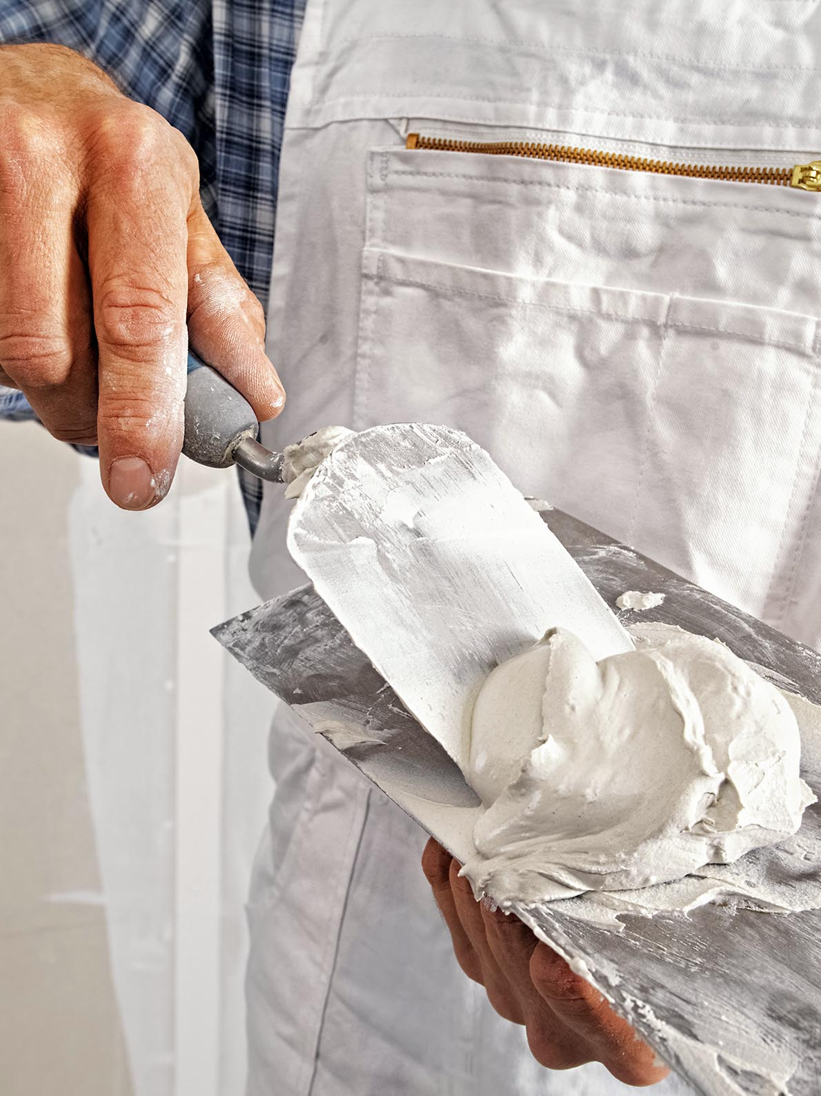 Filling the joints of plaster boards