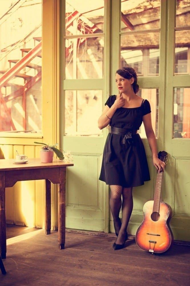 Iris Romen im indieberlin Interview und am 15. Mai live in Kleinmachnow