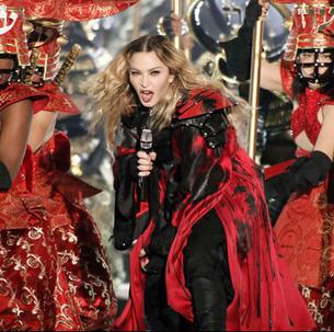 Occulte oorlogsvoering tussen Madonna en de Paus in Philadelphia