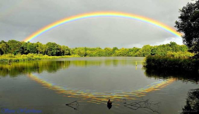 Daar ergens over die regenboog