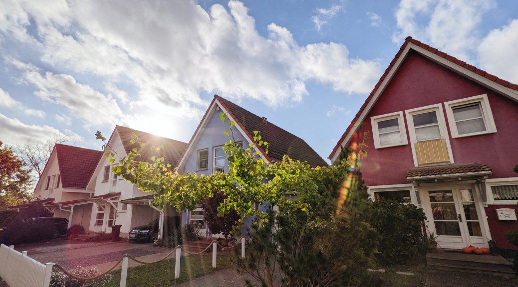 List of 3 investors for apartment buildings in Hamburg