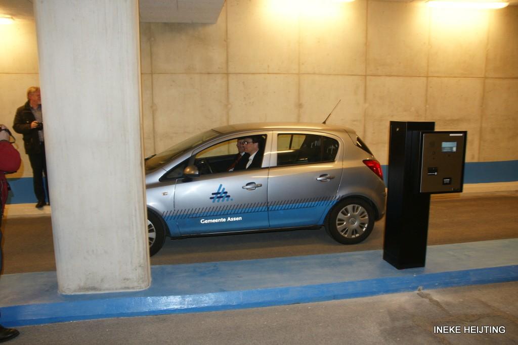 parkeer dnk opening ih 16-3-2012 16-05-39