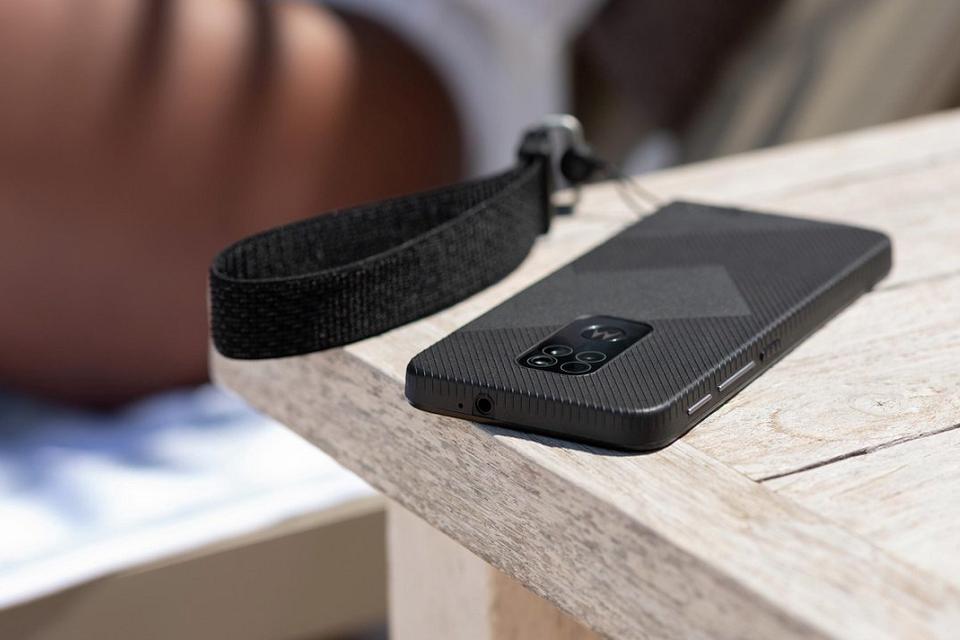 Nieuwe robuuste telefoon van Motorola Defy 2021