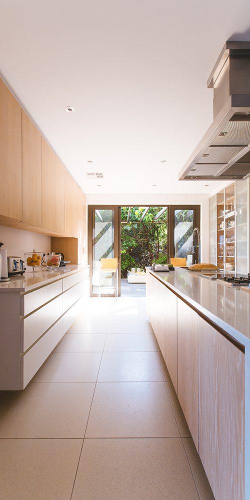 Clean Lines in this Modern Kitchen
