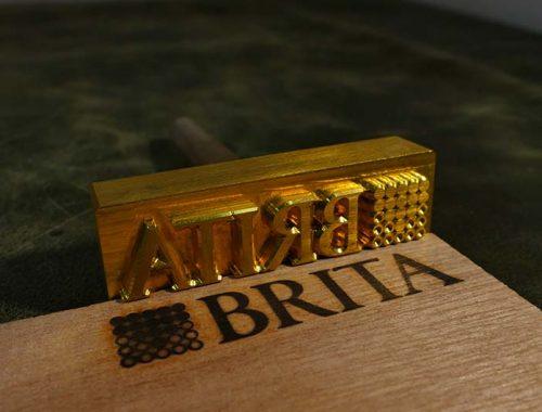 Milieuvriendelijk alternatief printen op hout multiplex