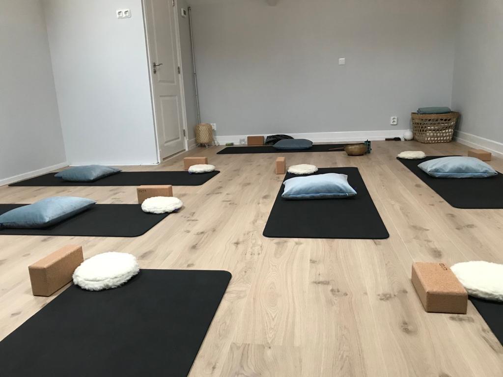 Yogaruimte normale opstelling