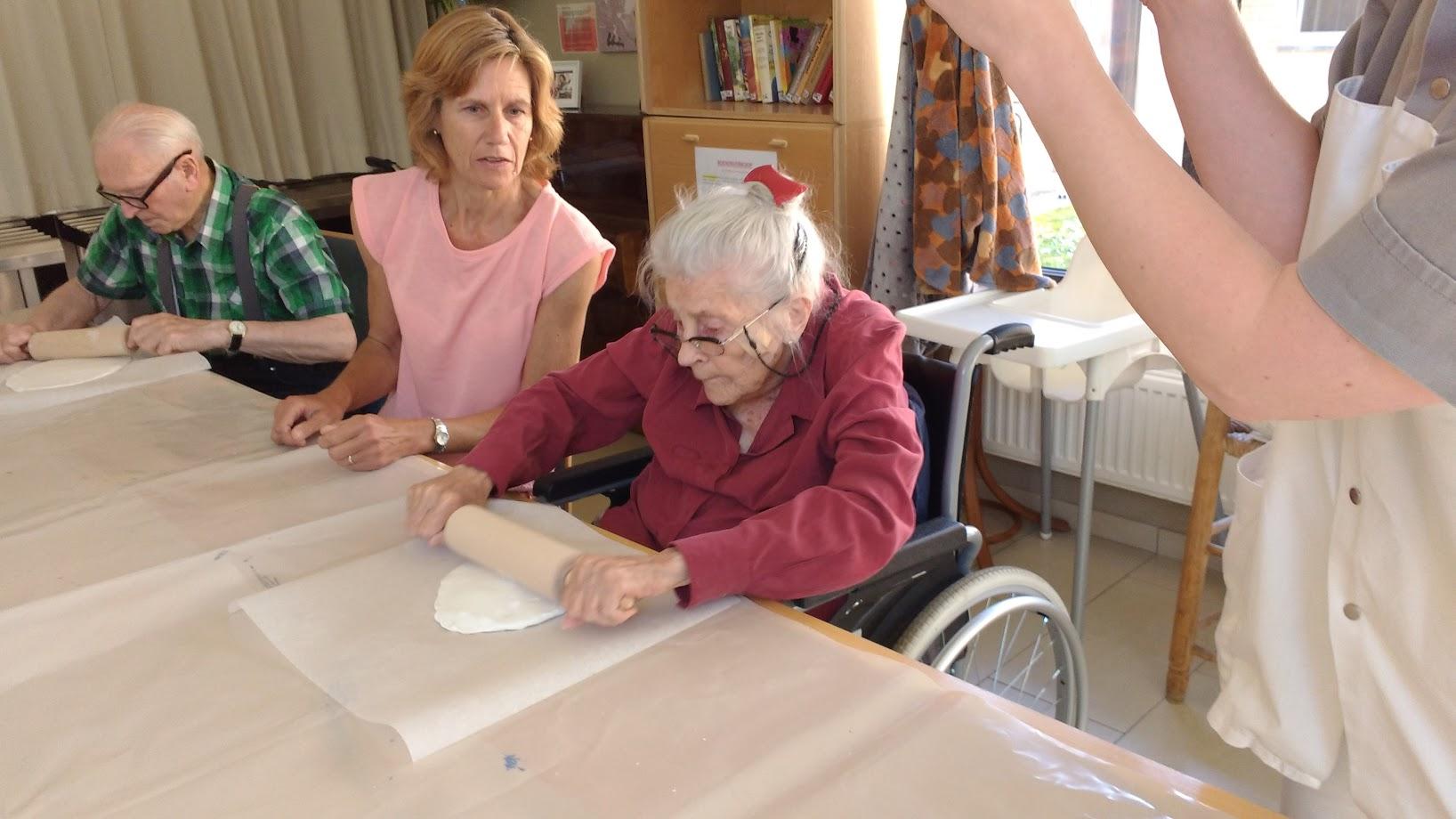 Workshop werken met klei voor senioren