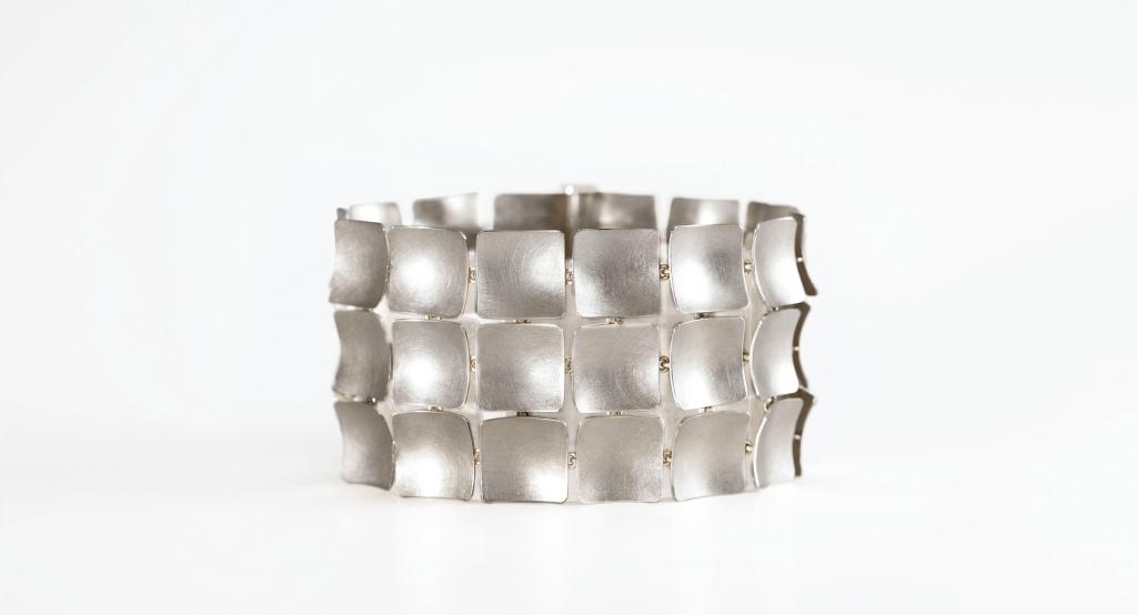 Christiane Iken, Armreif, Isabella Hund Gallery