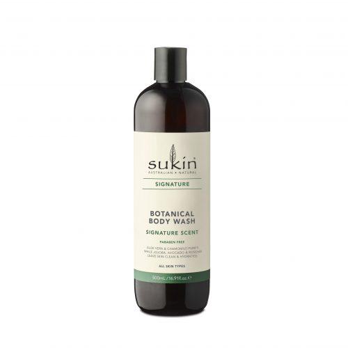 Viser flaske med body wash fra Sukin