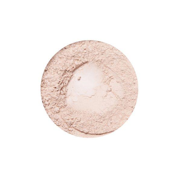 Viser pulver i en sirkel på hvit bakgrunn, Pretty Neutral Primer fra Annabelle Minerals