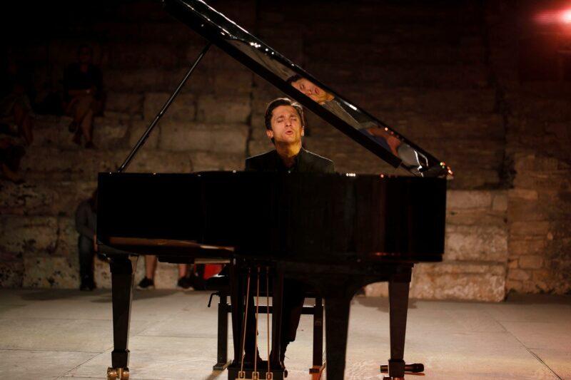 SEGESTA: RECITAL PIANISTICO – ALEXANDER ROMANOVSKY,  6 agosto 2021