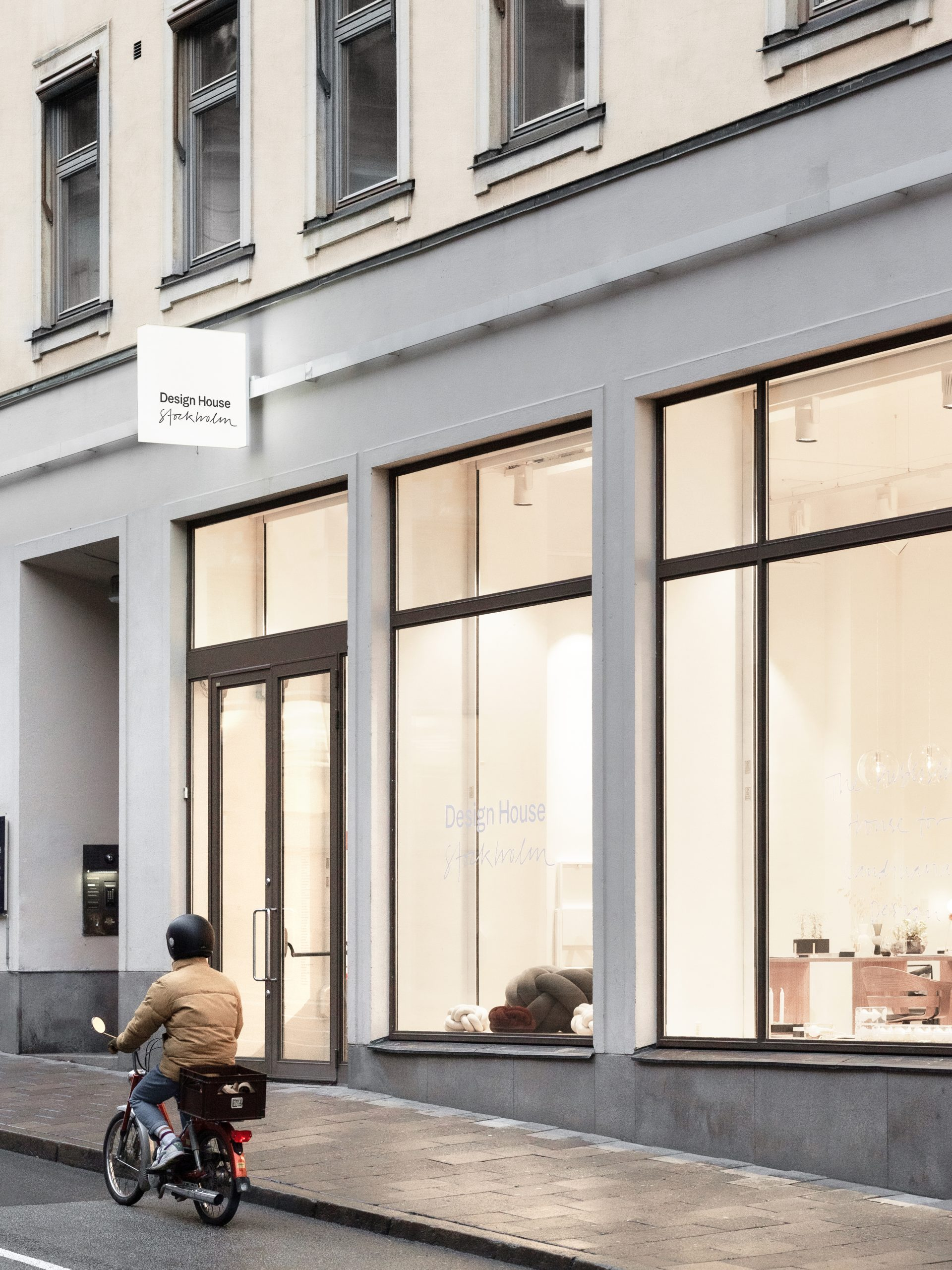 Storefront-v3
