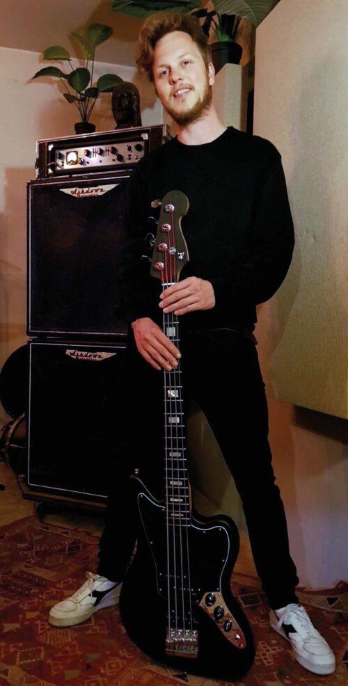 Bert Roos - Rammeloo Guitars