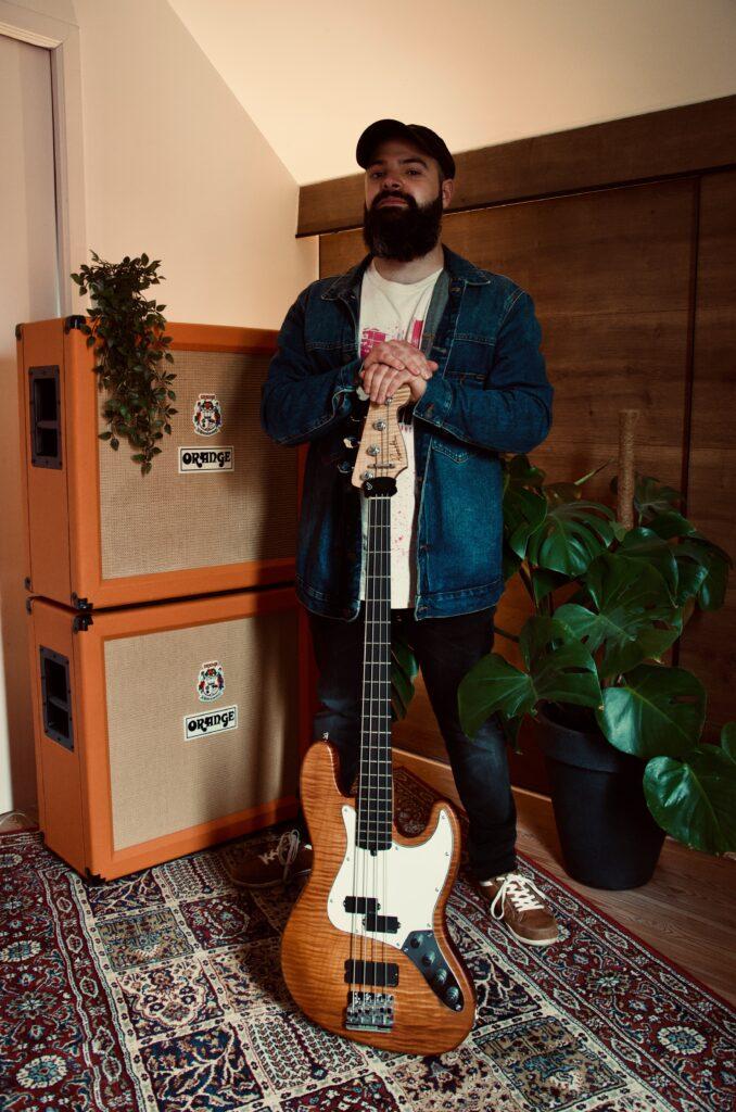 David Fernandez Gonzalez - Rammeloo Guitars