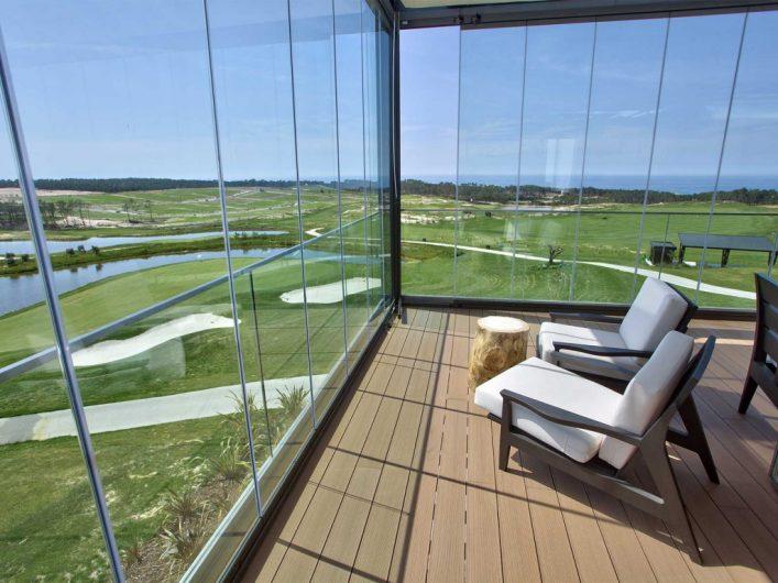 Häng med till mitt favoritställe i Portugal!6-10 oktober åker vi till Evolutee Royal Obidos Resort & Spa I början av oktober har jag fått möjlighet att arrangera en träningsresa till mitt favoritställe Royal Obidos tillsammans med Ola Lauritzons nya resebyrå JoyRide Travel. Det finns endast 39 rum på detta hotell som har en egen golfbana och en fantastisk träningsanläggning. Vi har hyrt hela stället och hoppas att du vill följa med. Det blir föreläsningar, träning, spel och en tävling för de som vill. Läs mer HÄR och varmt välkommen!