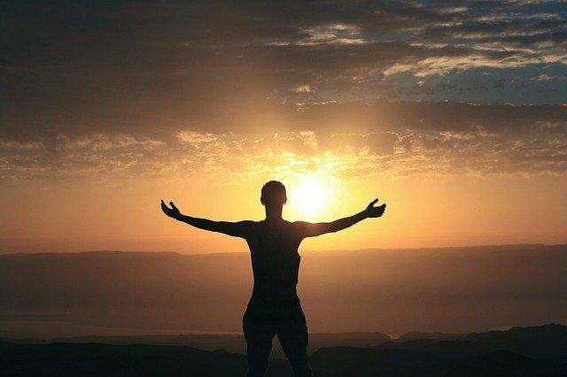 Bemöt negativa tankar med 5 steg i KBT