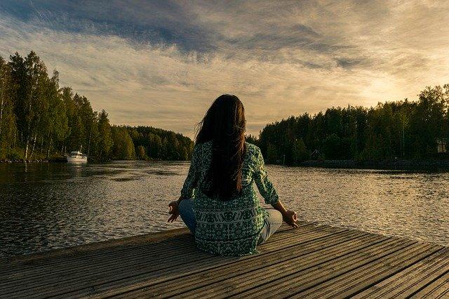 Medveten närvaro vid vatten minskar stress