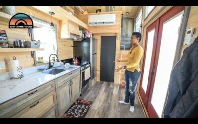 She Left California To Live In A Texas Tiny House Village – Fulfilling Her Childhood Dream