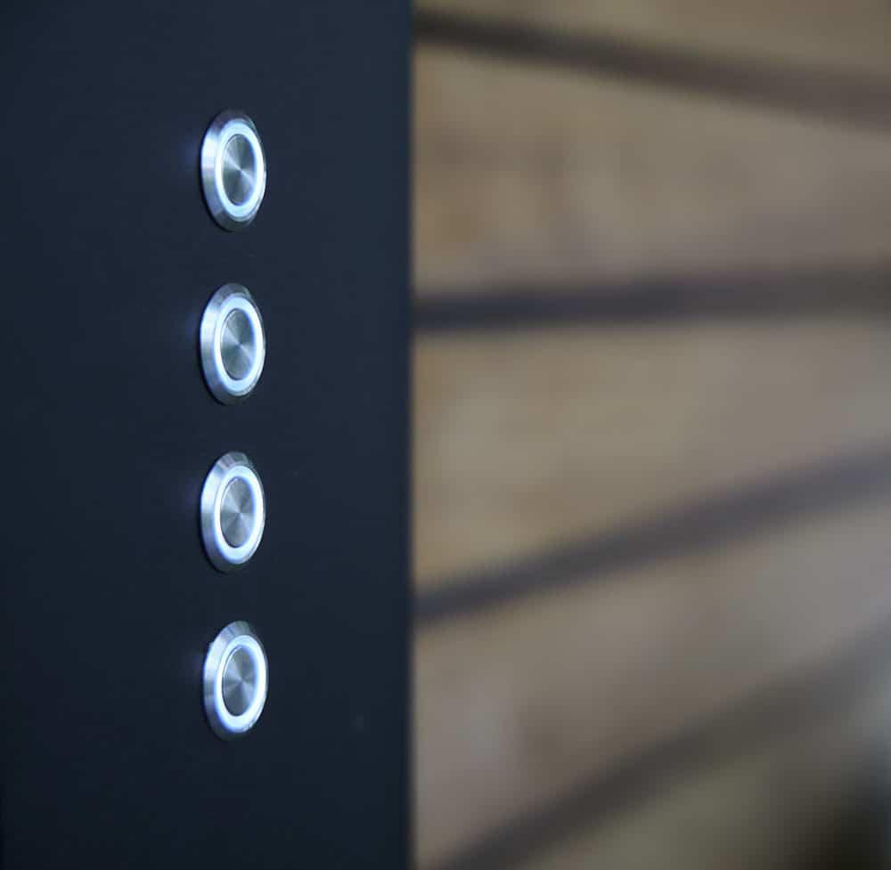 pergola bioclimatique avec boutons