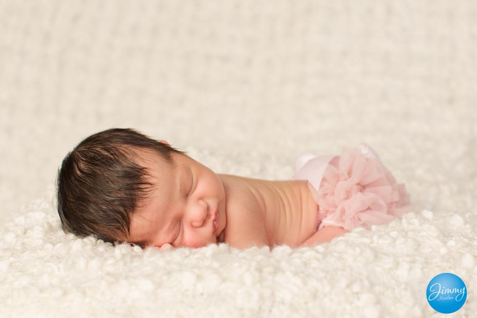 Nyfødtfotografering i studio, 7 dager gammel.