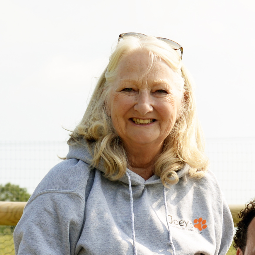 Julie Rowlan