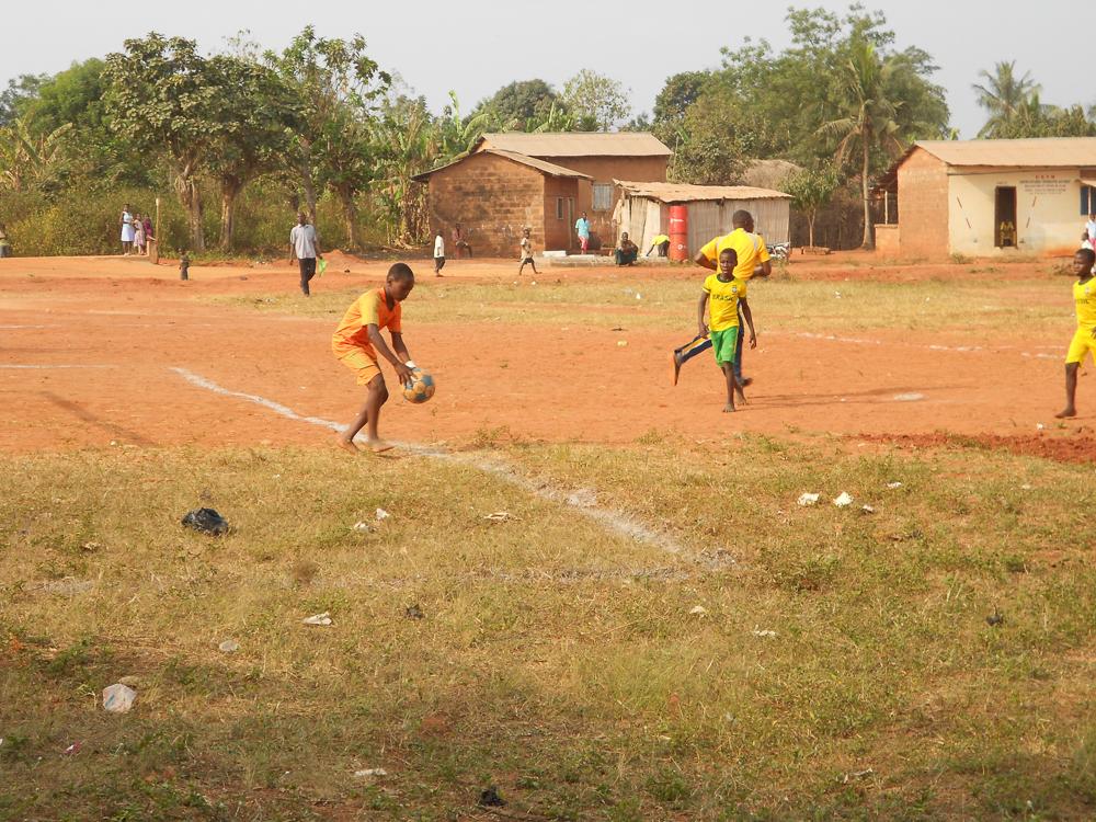 Partijtje voetbal