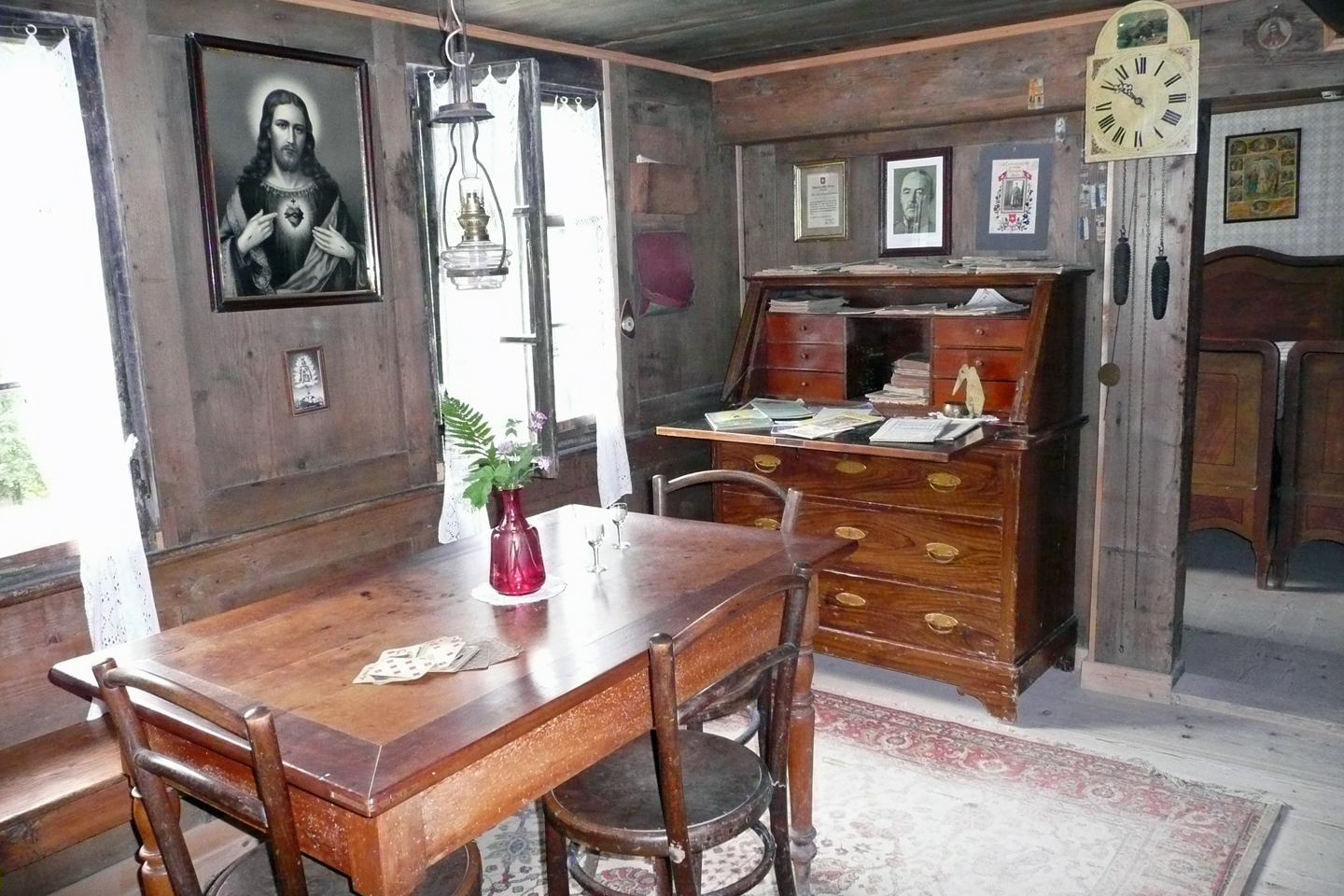 The interior of a historic farmers house at the Ballenberg open air museum