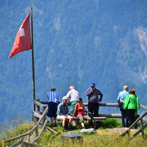 Viewpoint, Swiss Flag and people