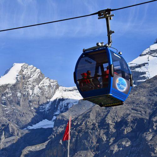 The Oeschinesee gondola