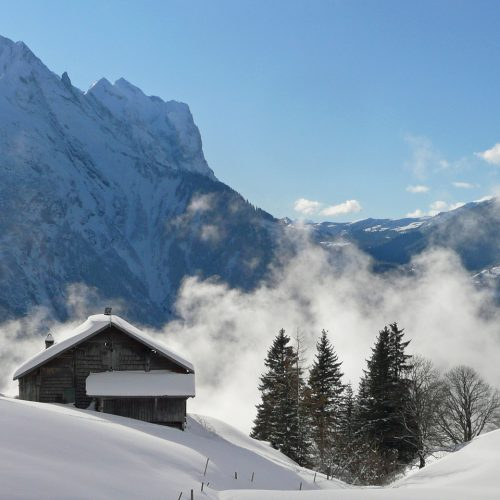 Clouds and snow in the Bernese Oberland
