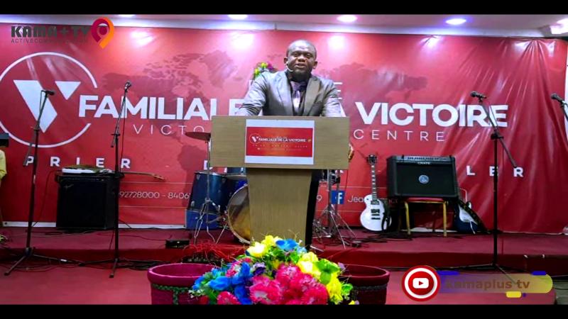 L'ESPRIT SUPÉRIEUR (Pasteur Victor Macumbu) de BRUXELLES à VFC Kinshasa