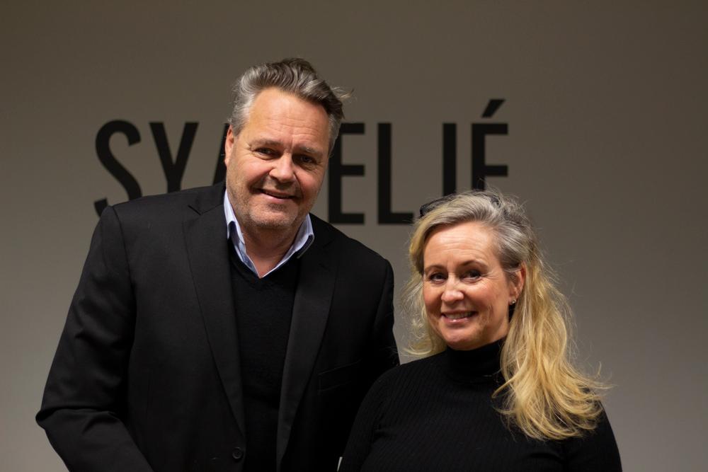 Joakim & Agneta Kap Sweden