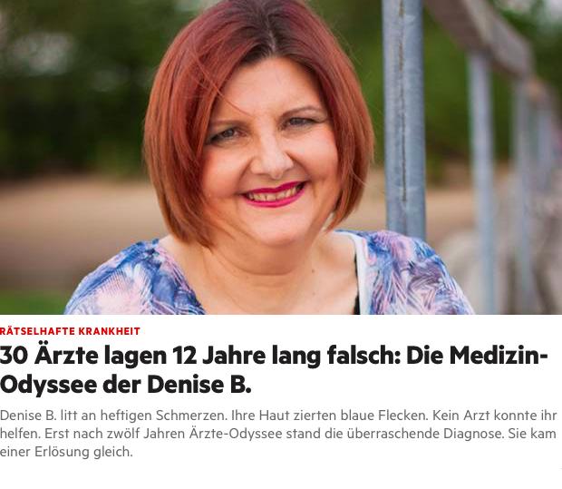 Das Titelbild des Artikels über Denise B., eine Frau die mit dem Ehlers-Danlos-Syndrom lebt. Denise trägt roten Lippenstift, eine blaue Bluse, hat rötliche Haare, die zu einem kinnlangen Bob geschnitten wurden und lächelt in die Kamera.