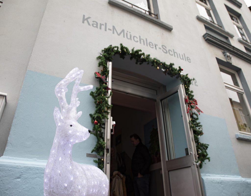 Eingang Nikolaus