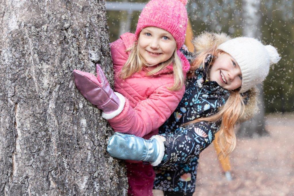 Kimallenahkarukkaset ovat lasten suosikit - Lämpimät nahkarukkaset - Käsinetori