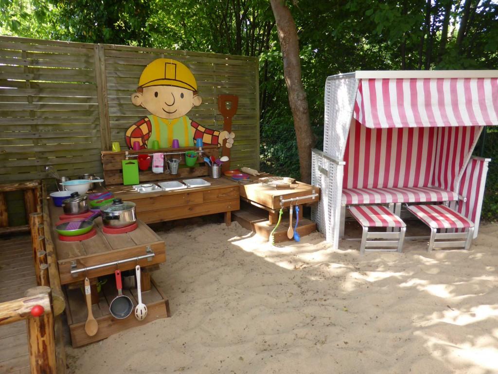 Strandkorb Strandliege Kid Zone KInderbetreuung 1 - Strandkorb und Strandliegen