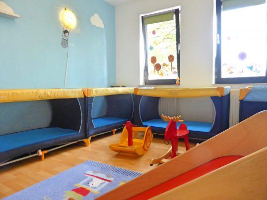 Schlafzimmer 8 Kita Kid Zone Kinderbetreuung 538x404 - Schlafzimmer