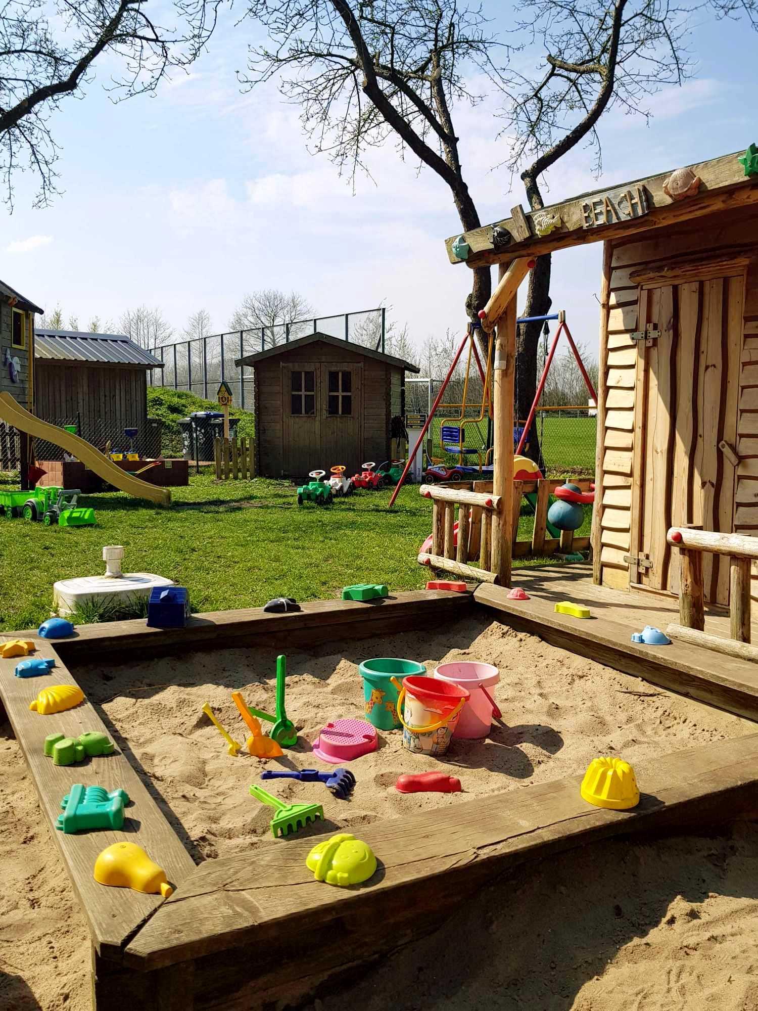 Kita Kid Zone Kinderbetreuung Garten 1 6 - Outdoor-Spielzeug