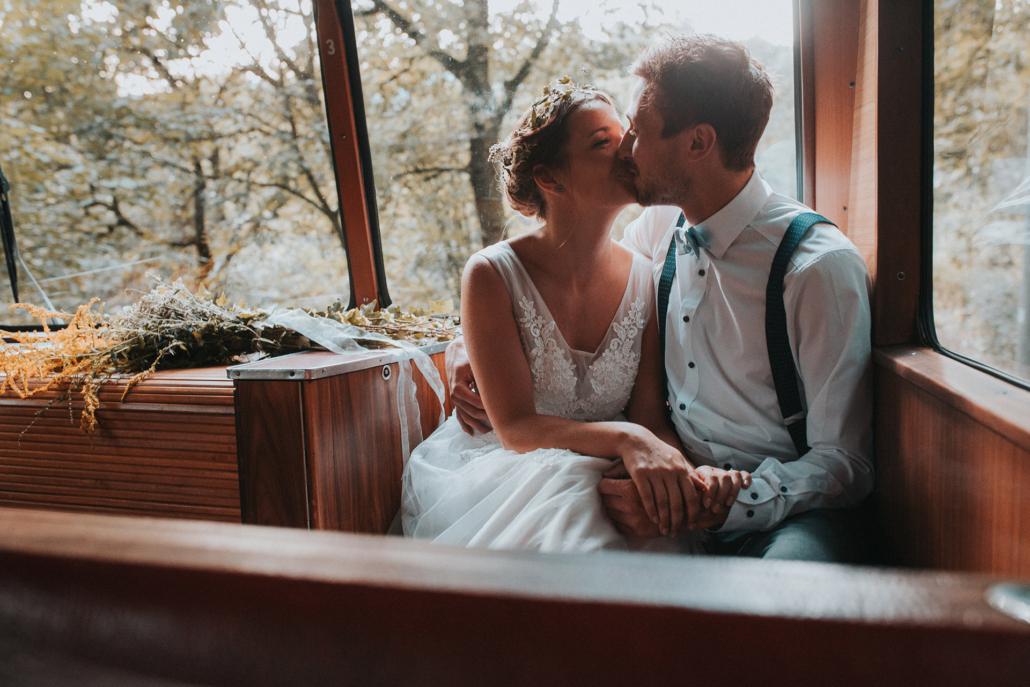 Heirat und fahrt mit der Drachenfelsbahn