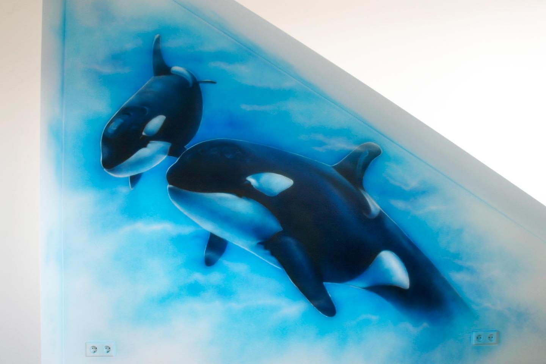Orka onderwater muurschildering in kinderkamer op zolder